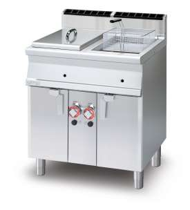 Gas Fryer 13+13 lts - 2 pans cm. 24x35x38h 2 baskets cm. 21x30x12h. 2 sieve and lids for pan. 2 drip trays with sieves. Production: 20 kg/h (included both Heads end filler strip)